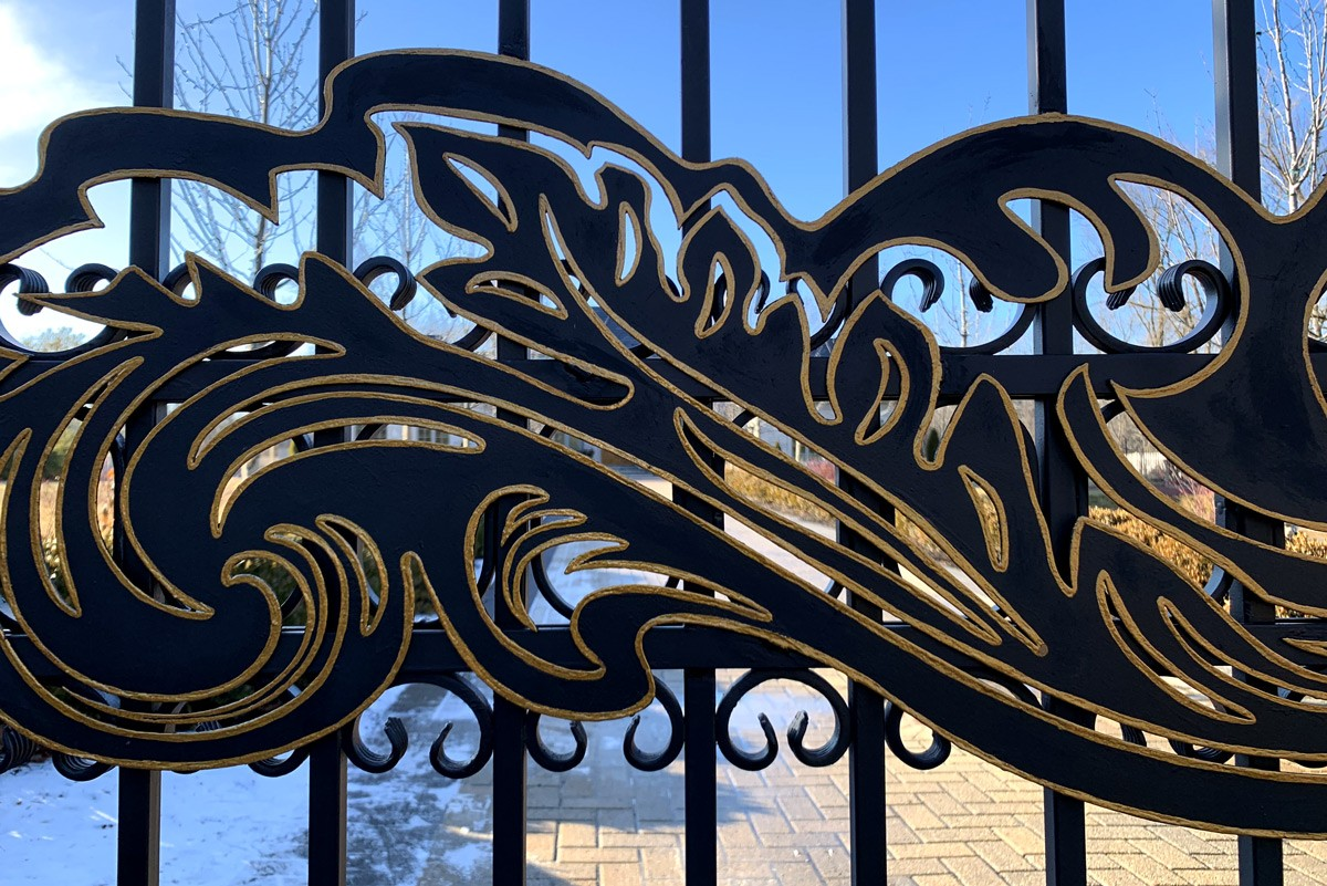 Acanthus Leaves Gate